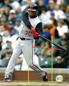 On of the best hitters of all time...destroying the High Tee/Low Tee drill in his real game swing.